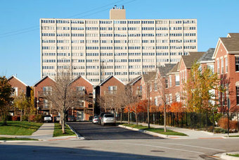 Housing Chicago: Cabrini-Green to Parkside of Old Town