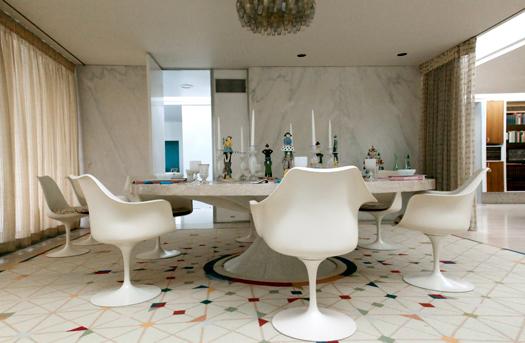 Miller House Opens Designed By Saarinen Roche And Girard Design - Herman miller tulip table