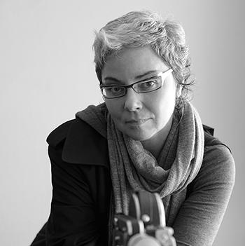 Rebeca Mendez, Lilly Smith